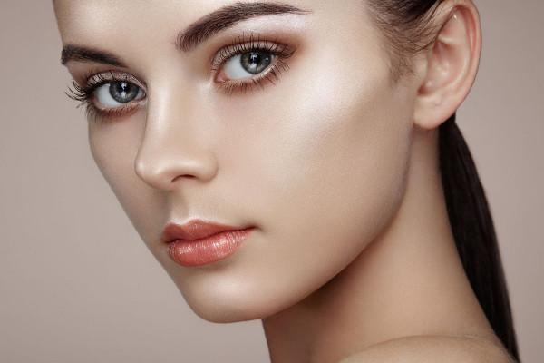 12 ting du skal vide om contouring og highlighter makeup