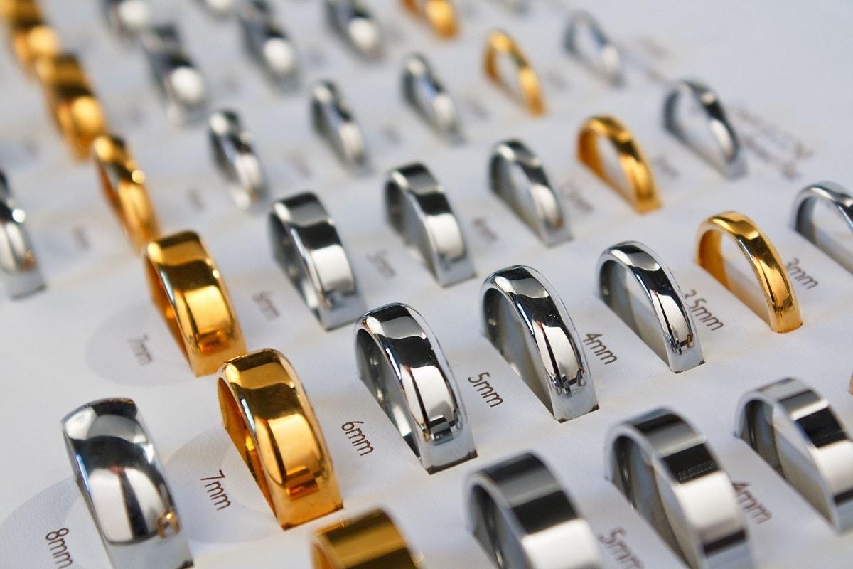 Ringe i forskellige størrelser