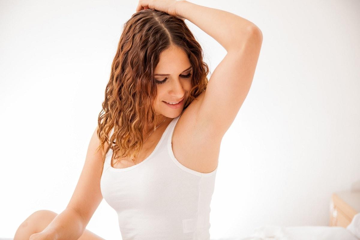 Hårfjerning i armhullerne
