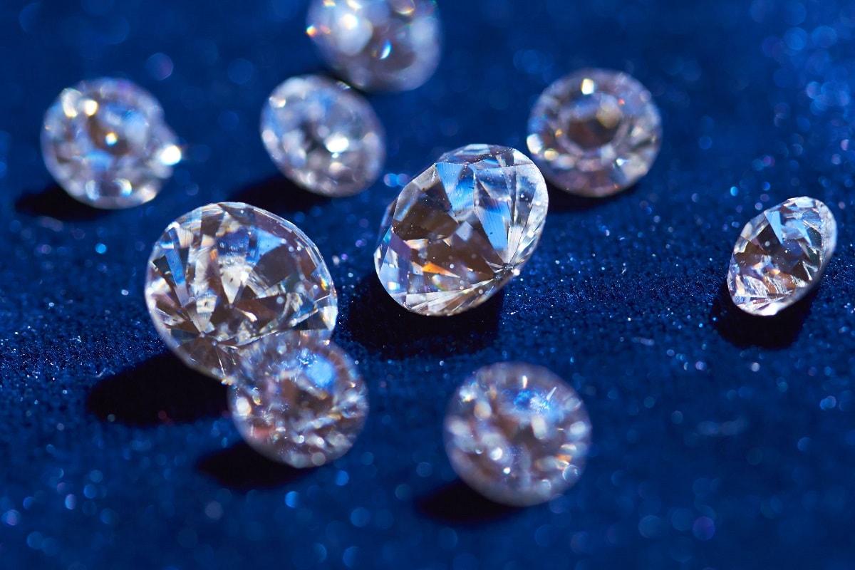 Diamanter i forskellige antal karat