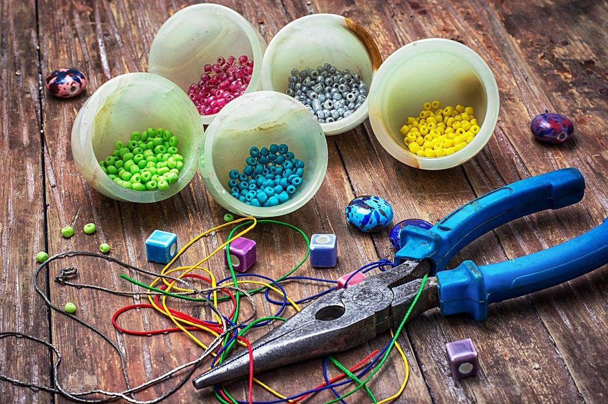 materialer til smykkefremstilling