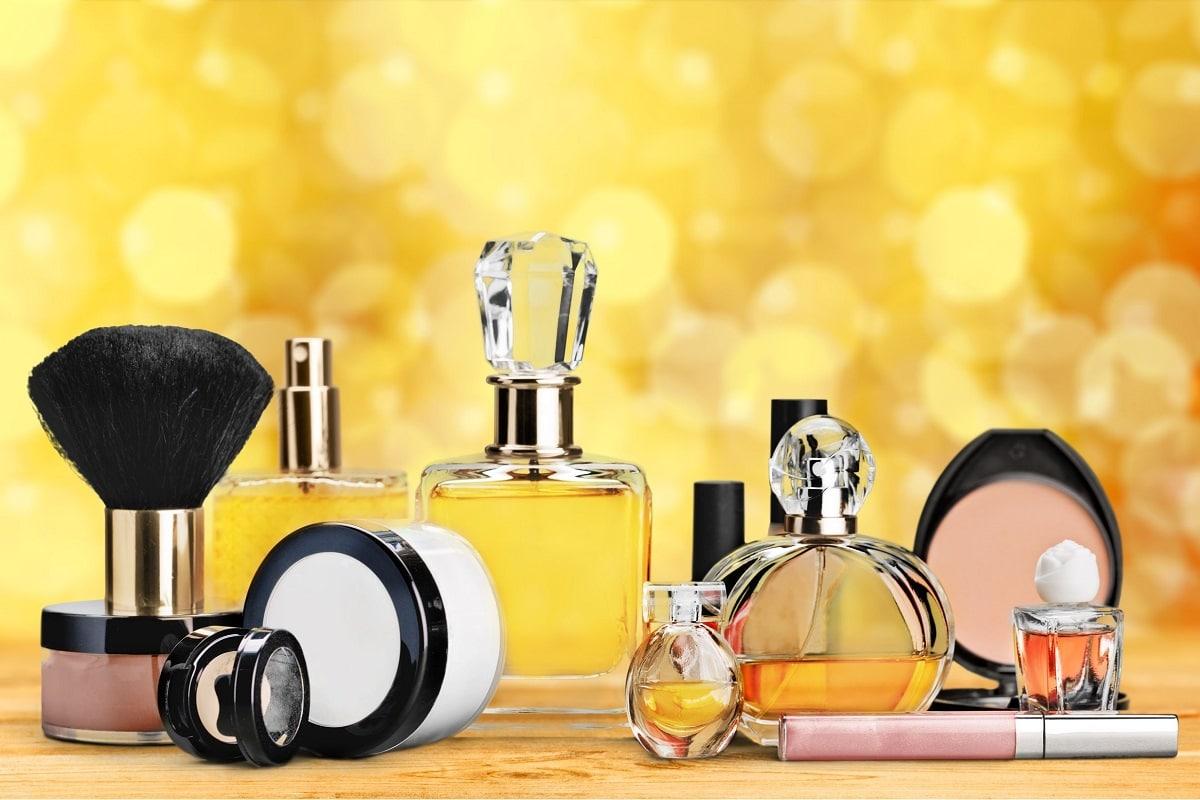 Forskellige parfume flakoner