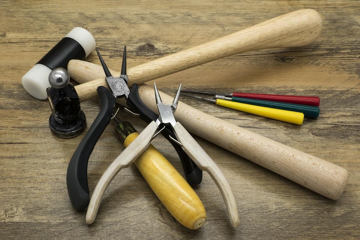 Smykkefremstilling værktøj