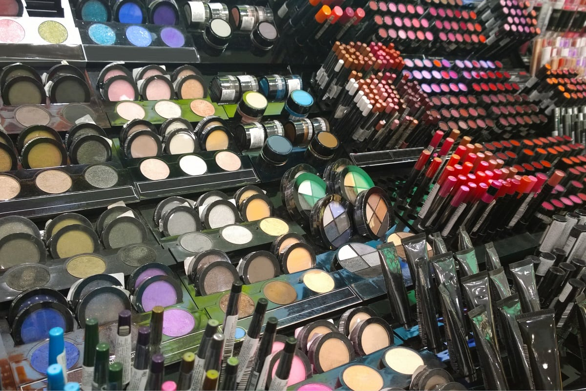 Stort udvalg af billig makeup