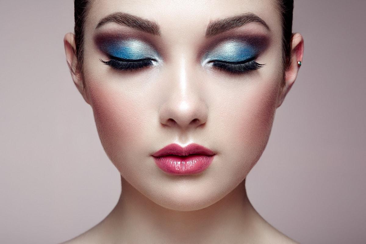 Kvinde med perfekt hud